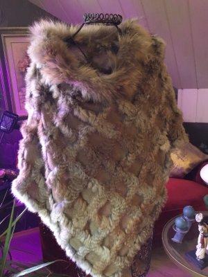 Poncho marrón claro-beige tejido mezclado