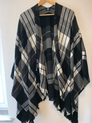 Vero Moda Poncho en tricot noir-blanc