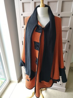 Poncho black-dark orange