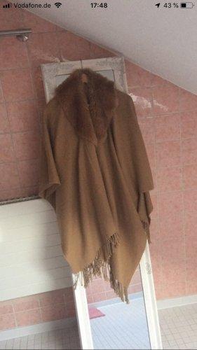 Poncho von Orsay