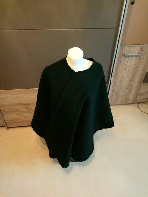 Capa negro-verde oscuro