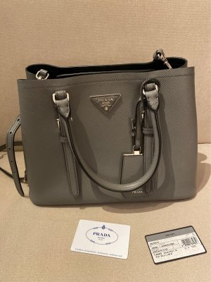 Prada Bolso color plata