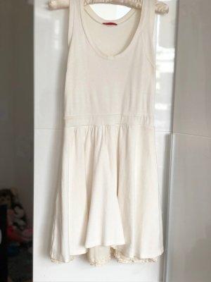 Prada Ärmelloses Kleid mit Seidenunterrock weiß