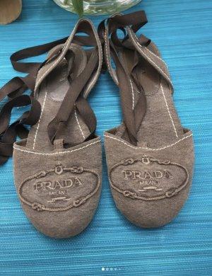 Prada Ballerines à lacets gris brun
