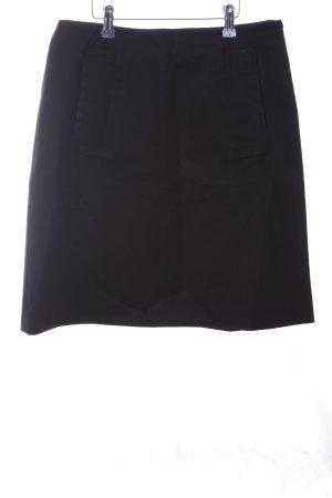Prada Falda de tubo negro look casual