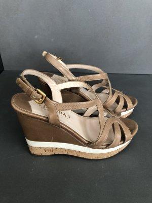 Prada-Designer-Wedge-Sandalen-Keilabsatz 13 cm-beiges Leder-Gr. 39-neuw.-