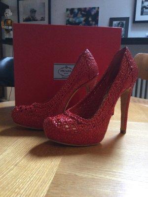 Prada High Heels in Rot