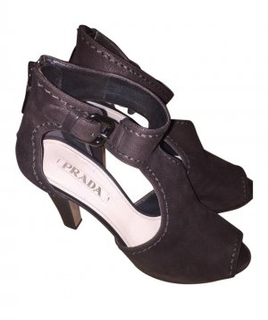 Prada High Heels Leder Gr. 38,5, w. Neu