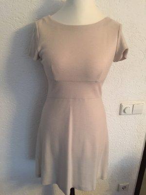 Prada Wełniana sukienka w kolorze białej wełny