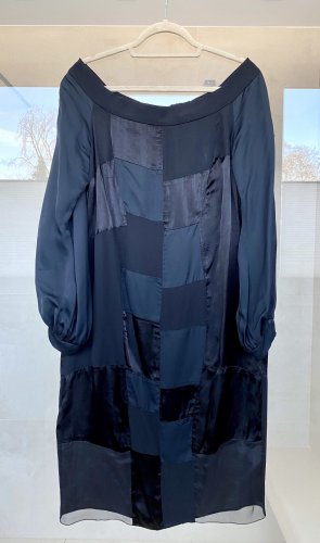 Prada Sukienka midi czarny
