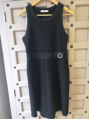 Prada Vestido tejido negro
