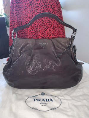 Prada Lackleder IT-Bag Neuwertig