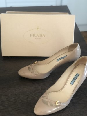 Prada Lackleder Pumps