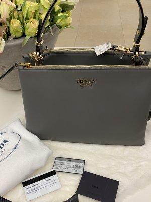 Prada Medium Tasche in grau/marmo neu mit Etikett 1BA233