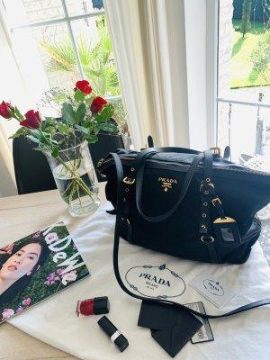 Prada Milano Tasche und Shopper