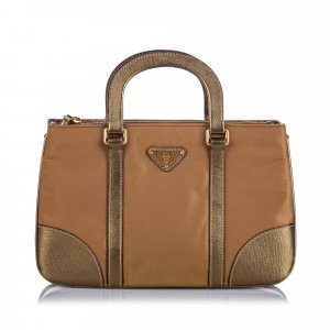 Prada Bolso marrón Nailon