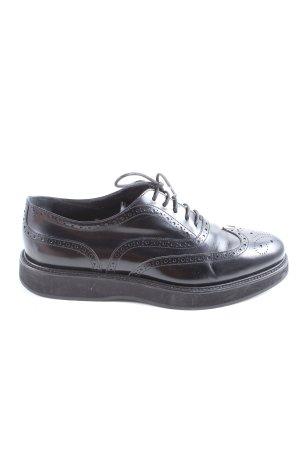 Prada Chaussure Oxford noir style décontracté