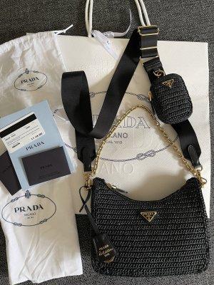 Prada Re-Edition 2005 Tasche aus Raphiabast schwarz❤️