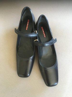 Prada Chaussures Mary Jane noir cuir