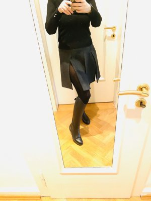 Prada Falda de lana gris oscuro