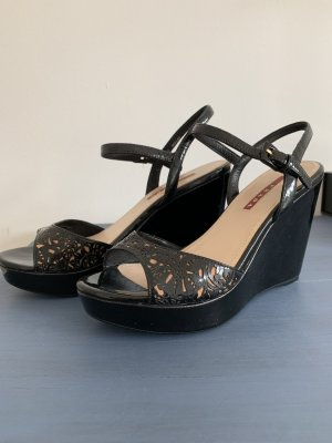 Prada Sandalen 36,5 Wedges Keilabsatz Lackleder schwarz