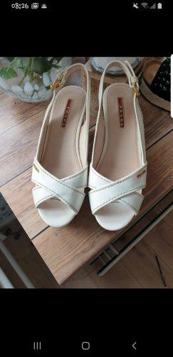 Prada Plateauzool sandalen wit