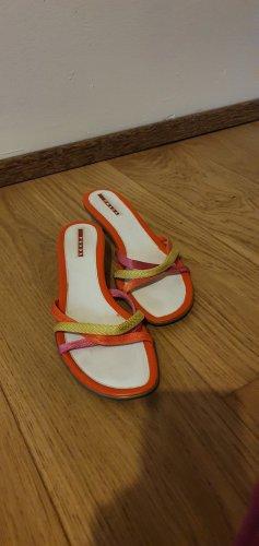 Prada Sandalen mit leichtem Absatz