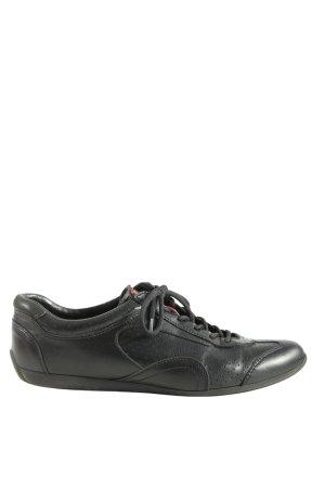 Prada Sneaker stringata nero stile casual