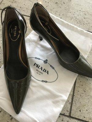 Prada Schuhe aus Lackleder