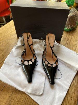 Prada Slingbacks Pumps Schuhe High Heels schwarz spitz Leder Gr 37 Np 610€