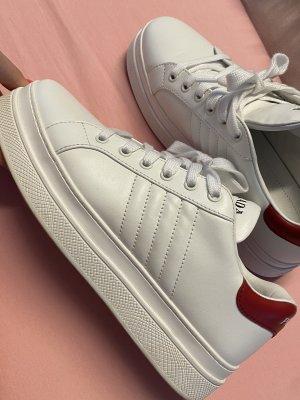 Prada Sneaker 39