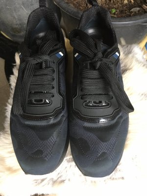 Prada Sneaker Blau
