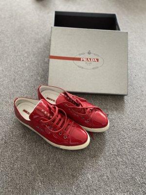 Prada Sneaker stringata carminio