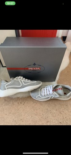 Prada Sneaker Original in GR 36