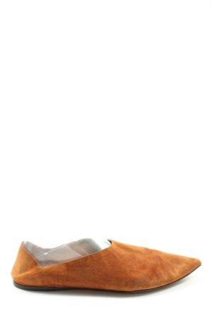 Prada Spitse pumps licht Oranje casual uitstraling