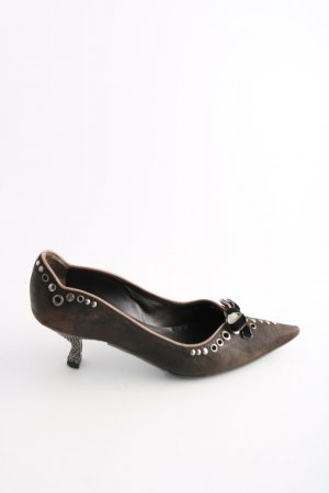Prada Zapatos de punta marrón elegante