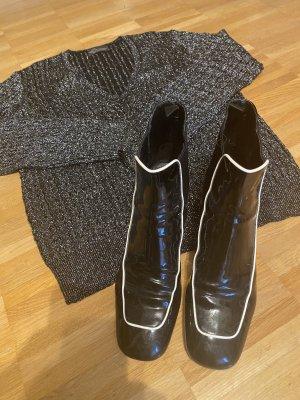 Prada Stiefeletten schwarz Lack mit weißem Streifen