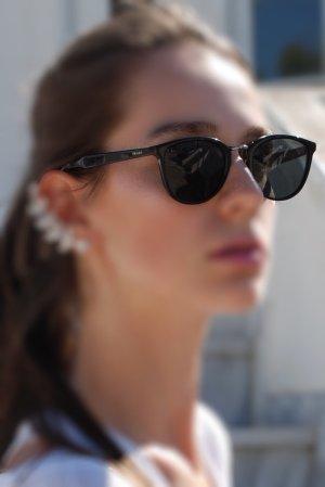 Prada Lunettes de soleil angulaires noir acétate