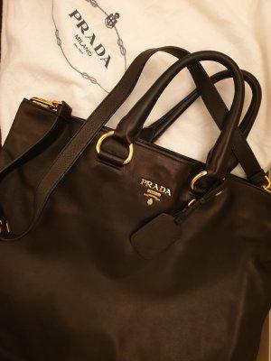Prada Tasche , schwarz mit Henckel