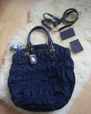 Prada Tessuto Gaufre in Dunkel Blau