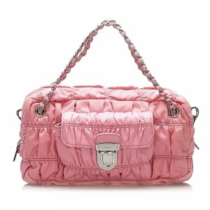 Prada Bolsa de hombro rosa Nailon