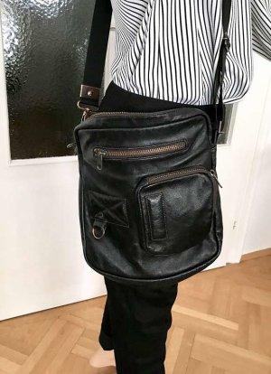 ◉ Praktische Crossbody Tasche 33 x 28 cm ◉