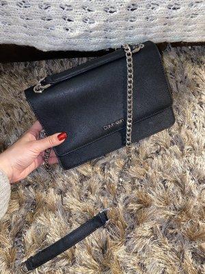 Praktische schwarze CK Tasche