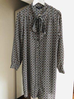 Prego, Businesskleid/-Bluse, ganz leichter Stoff (wie Seide), mit Gürtel betonen, Grösse 38