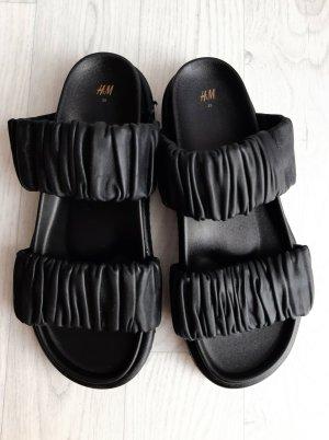 H&M Premium Comfort Sandals black