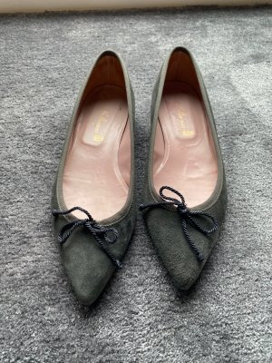 Pretty Ballerinas in grau