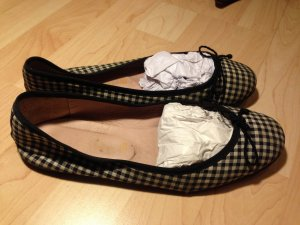 Pretty ballerinas Slingback Ballerinas white-black linen