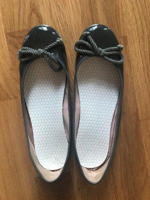 Pretty ballerinas Ballerines en cuir verni gris foncé cuir