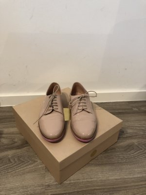 Pretty Ballerinas Sneaker mit pinker Sohle