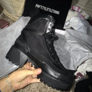Pretty Little Thing Biker Boots - Gr.38 - NEU!